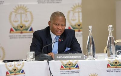Mogoeng+Mogoeng+October+2015